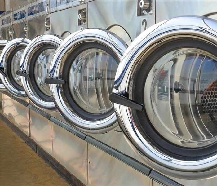 Commercial Water Removal Services After a Broken Water Hose in Your Los Angeles Laundromat